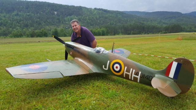 Hadde også besøk av Tom bogner med sin flotte Spitfire